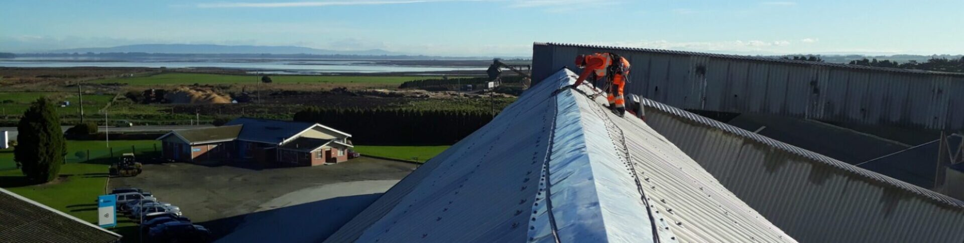 adventure southland, industrial rope acces,, gutter cleaning, commercial gutter cleaning, rope access professionals, plant maintenance, site maintence, roof maintenace, gutter maintenance, roof cleaning, industrial, working at heights