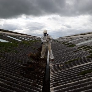 adventure southland, industrial rope acces,, gutter cleaning, commercial gutter cleaning, rope access professionals, plant maintenance, site maintence, roof maintenace, gutter maintenance, roof cleaning, industrial, working at heights, asbestos roof, maintaining asbestos roof, cleaning asbestos roof, working on asbestos roof